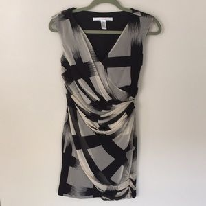 Diane Von Furstenberg Ruched Silk Print Dress